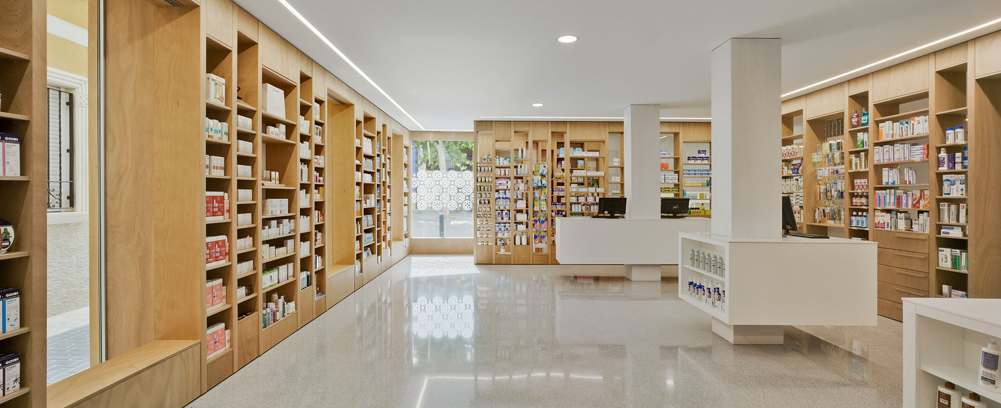 Proyecto Contract_Farmacia del reloj_eneseis